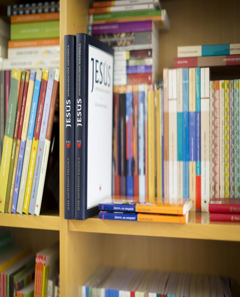 PPC editorial libros religiosos biblias catequesis pastoral religión y escuela vida nueva